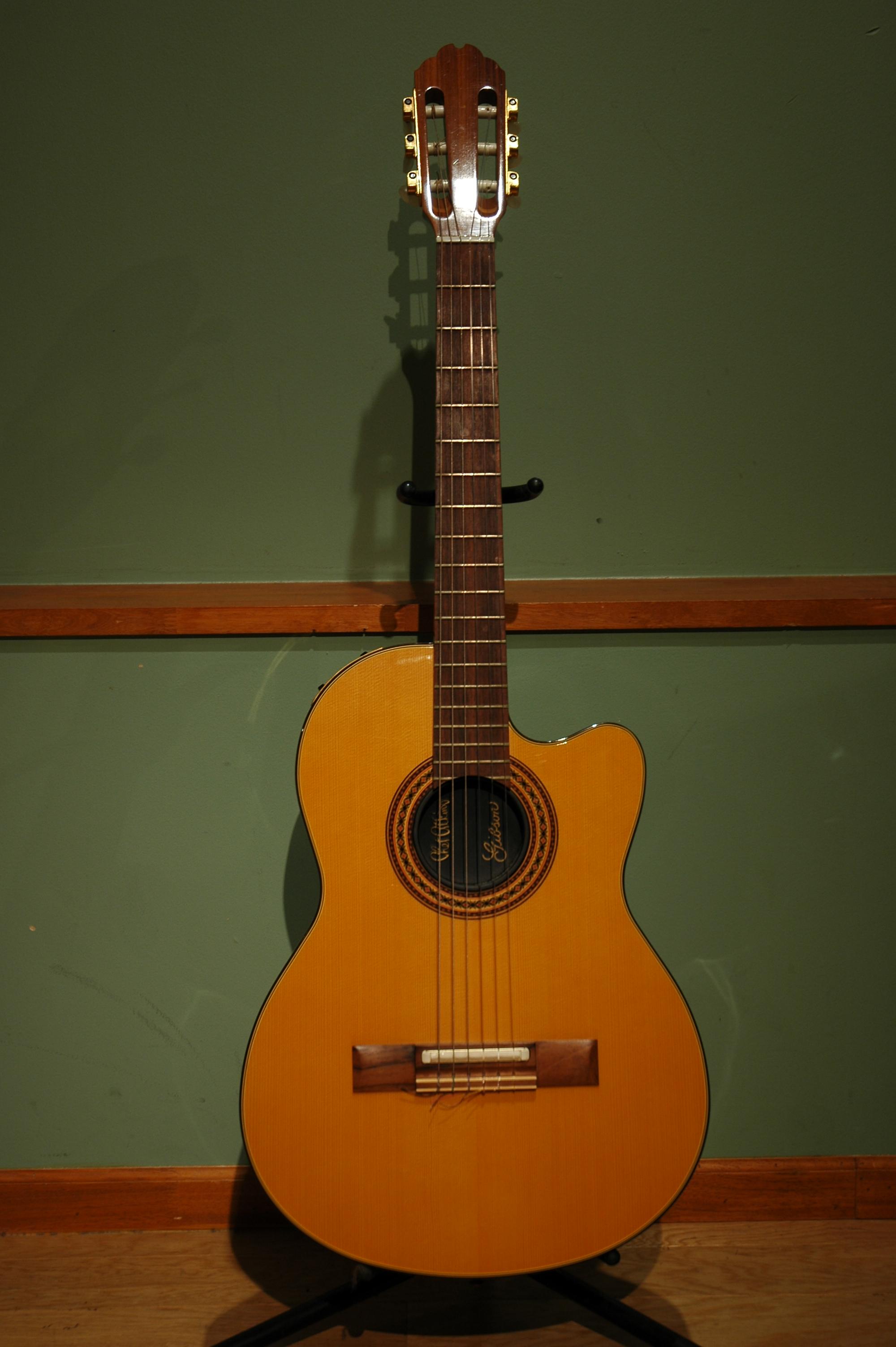 Gibson-ChetAtkinsCE