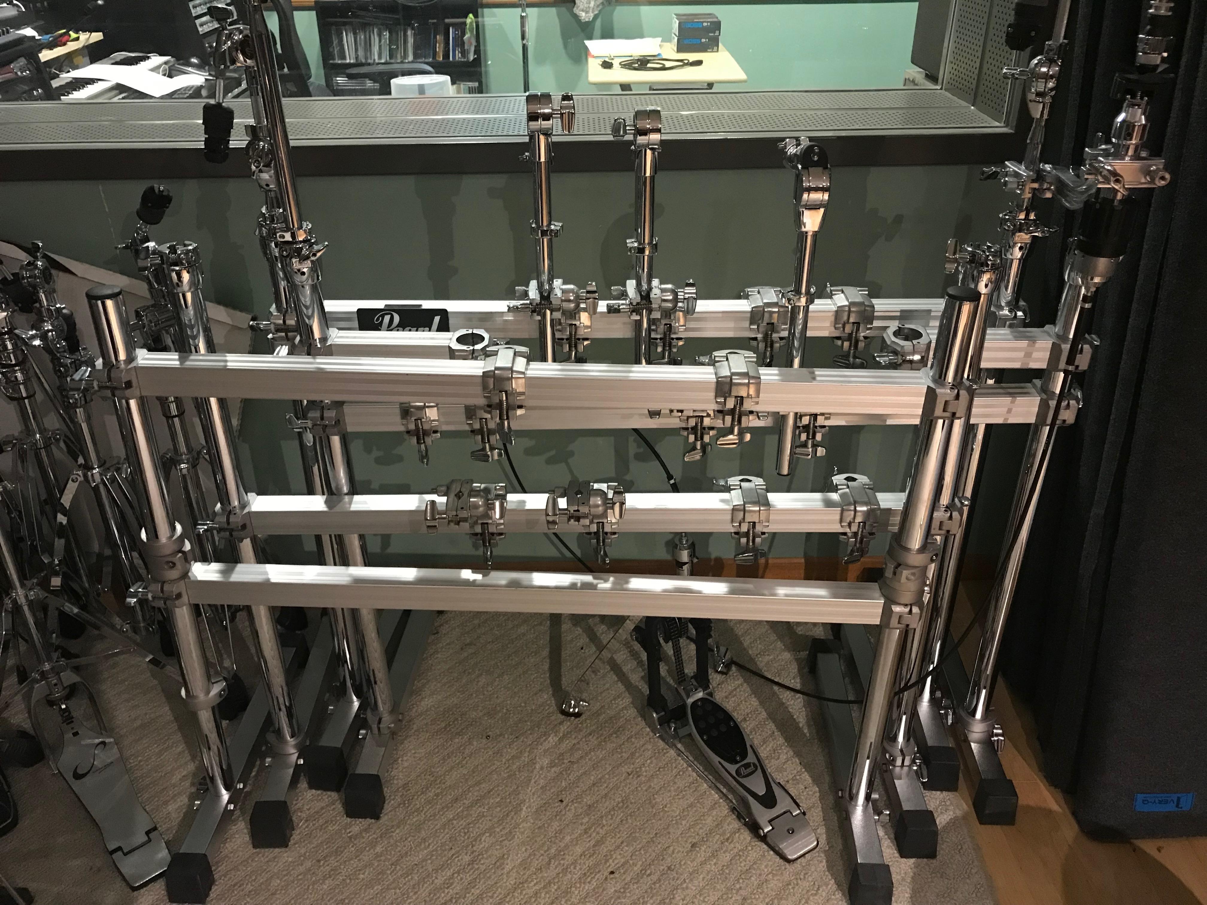 Pearl dram rack
